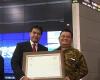 Telkom Raih Predikat IDX Top Ten Blue