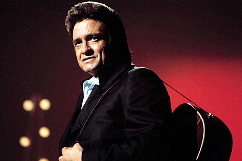 John Carter Cash Terbitkan Buku Puisi Milik Ayahnya Almarhum Johnny Cash