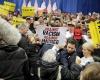 Ribuan Warga AS Turun ke Jalan, Menolak dan Protes Kemenangan Trump