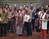 Jokowi dan Beberapa Tokoh Serta Menteri Hadiri Ulang Tahun Megawati