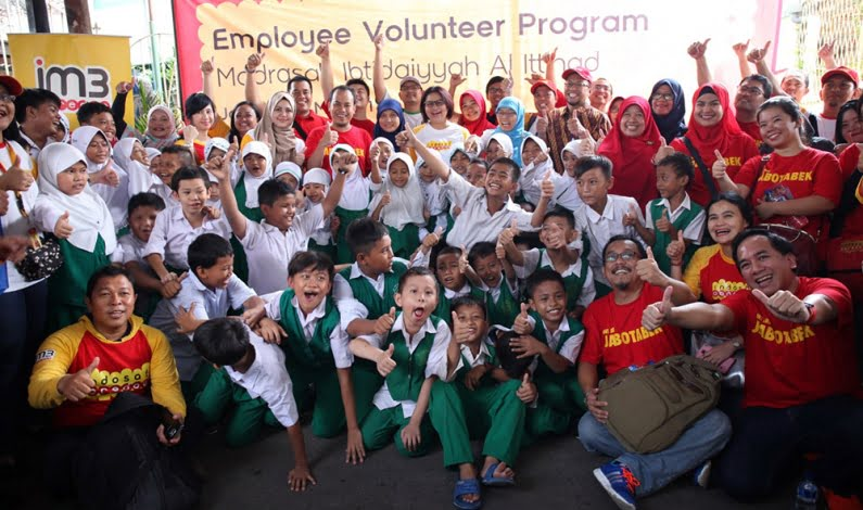 CSR Indosat Ooredoo Gandeng Quipper