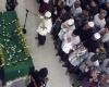 Masyarakat Antre Ingin Shalatkan Jenazah KH Hasyim Muzadi