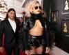 Akibat Sakit Kronis, Lady Gaga Batalkan Jadwal Konser Tour Eropanya