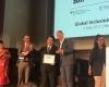 OJK Raih Penghargaan Global Inclusion Awards 2017 di Berlin