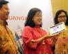 OJK Luncurkan e-Book Tentang Literasi Keuangan