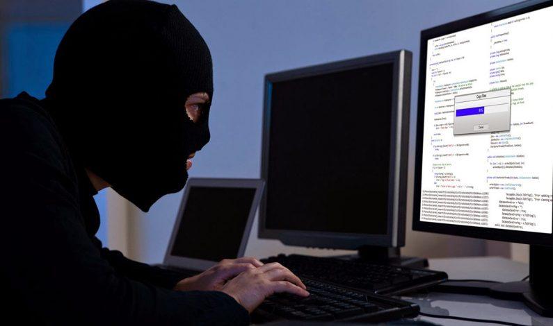 Mengkaji Dilematika Perkembangan Digital dan Cyber Crime di Indonesia