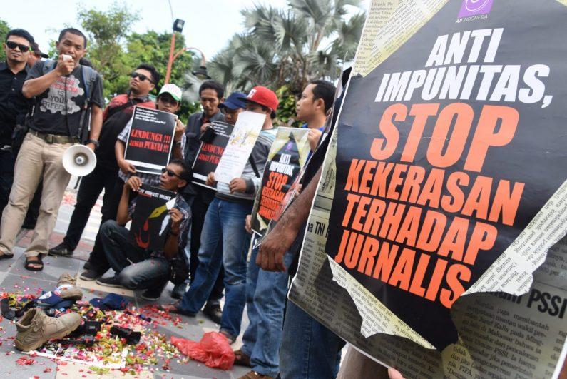 AMDI Tuntut Proses Hukum Aparat Pukuli Wartawan di Purwokerto