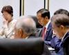 Jokowi Temui PM Jepang Shinzo Abe di KTT di Manila