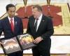 Jokowi Berikan Tebusan 11 Juta Untuk Piringan Hitam Metallica Dari KPK