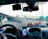 Gunakan GPS di Gadget Ponsel Saat Berkendara Adalah Pelanggaran