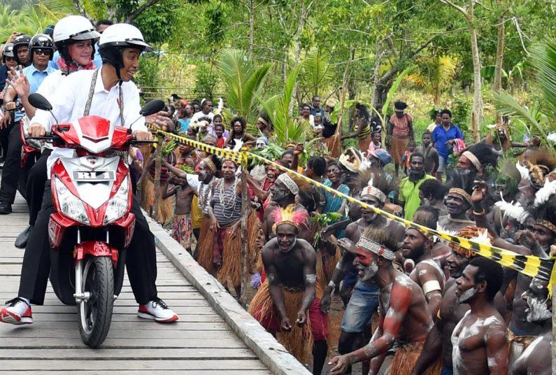 Jokowi Berikan Apresiasi Pembangunan Infrastruktur di Asmat