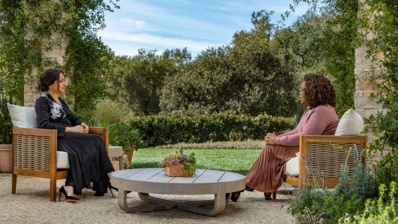 Meghan tidak berbicara dalam klip pertama dirilis untuk mempromosikan acara spesial yang dipandu Oprah Winfrey. Harpo Productions/Joe Pugliese