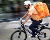 Jadi Imigran, Eks Menteri Komunikasi Afghanistan Jadi Kurir Sepeda